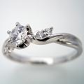 天使の羽デザイン6本爪の婚約指輪[BE-67]