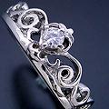 ティアラがモチーフの婚約指輪[No7643]
