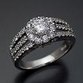 豪華なのに上品な婚約指輪[R4809]