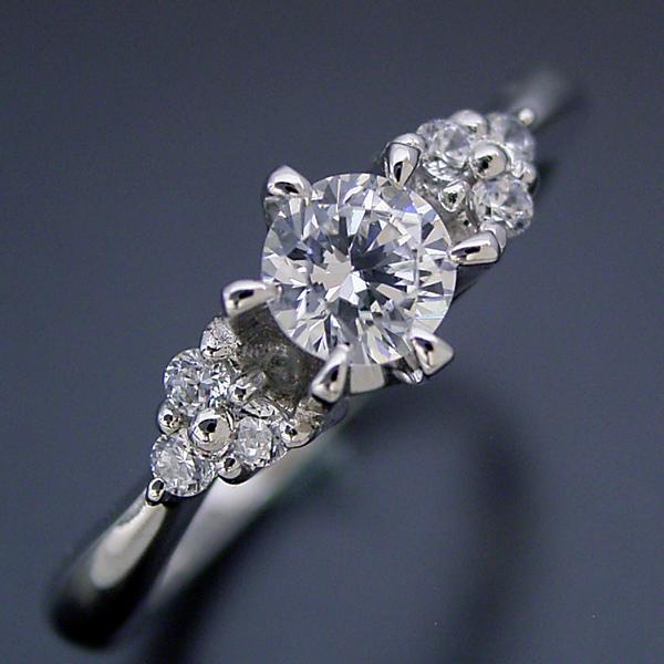 6本爪ゴージャスデザインの婚約指輪