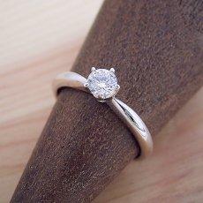 画像5: 珍しい5本爪の婚約指輪 (5)