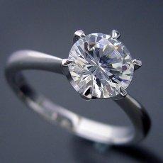 画像4: 1カラット版:6本爪ティファニーセッティングタイプの婚約指輪 (4)