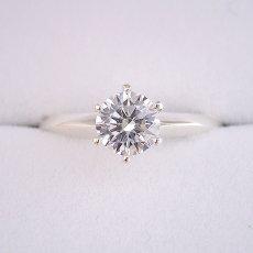 画像6: 1カラット版:どの指輪のデザインとも違う、6本爪ティファニーセッティングタイプの婚約指輪 (6)