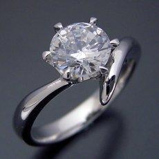 画像3: 1カラット版:6本爪Vラインタイプの婚約指輪 (3)