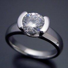 画像3: 1カラット版:ごつしっかり伏せこみタイプの婚約指輪 (3)