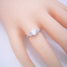 画像6: 1カラット版:6本爪ゴージャスデザインの婚約指輪 (6)