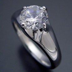 画像3: 1カラット版:雫の王冠をイメージした婚約指輪 (3)