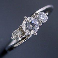 画像5: 6本爪サイドメレデザインの婚約指輪 (5)