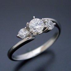 画像3: 6本爪サイドメレデザインの婚約指輪 (3)