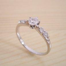 画像2: 6本爪サイド2Pメレデザインの婚約指輪 (2)
