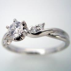 画像3: 婚約指輪・結婚指輪 ブライダルリングセット「天使の羽デザイン6本爪の婚約指輪」 (3)