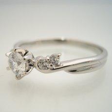 画像5: 天使の羽デザイン6本爪の婚約指輪 (5)