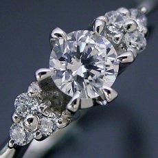 画像1: 6本爪ゴージャスデザインの婚約指輪 (1)