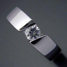 画像3: ゴツくてスタイリッシュな婚約指輪 (3)