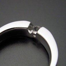 画像4: ゴツくてスタイリッシュな婚約指輪 (4)