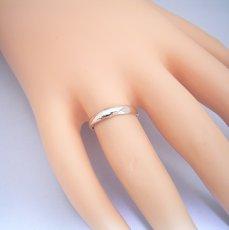 画像2: ダイヤモンドを留めるともっと良くなると思う結婚指輪 (2)