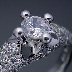 画像4: 柔らかい印象の可愛い婚約指輪 (4)