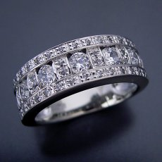 画像1: 地金とメレダイヤをふんだんに使ったハーフエタニティリング (1)