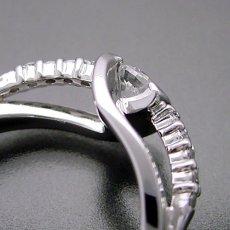 画像4: 色々な角度から眺めたくなる婚約指輪 (4)