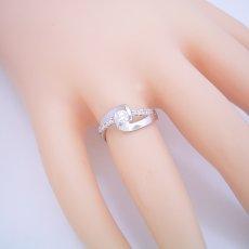 画像5: 色々な角度から眺めたくなる婚約指輪 (5)