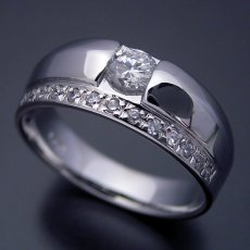 画像2: エタニティリングと組み合わせた婚約指輪 (2)
