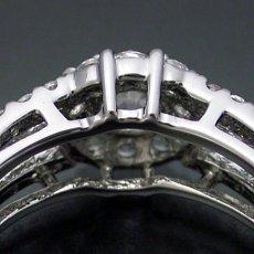 画像4: 豪華なのに上品な婚約指輪 (4)