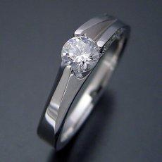 画像3: 背中がセクシーな婚約指輪 (3)
