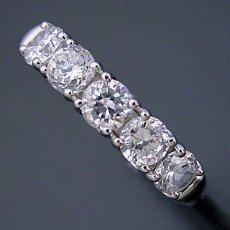 画像3: 一番お気に入りのハーフエタニティリングの婚約指輪 (3)