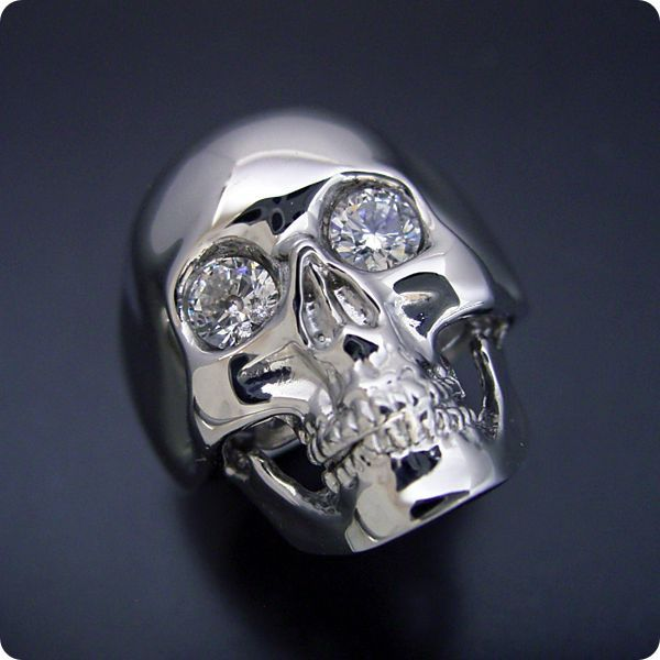 スカルの婚約指輪と結婚指輪
