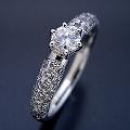 ハーフパヴェセッティングの婚約指輪[R3417]
