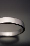 平打ちリングタイプの結婚指輪[hira-uti]