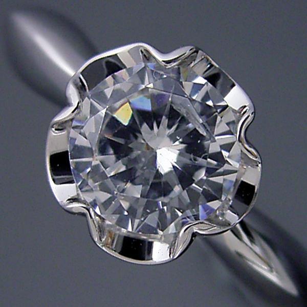 画像1: 1カラット版:リーフデザイン伏せこみタイプの婚約指輪 (1)