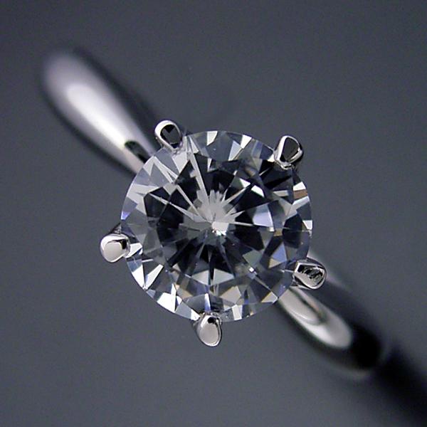 画像1: 1カラット版: 珍しい5本爪の婚約指輪 (1)