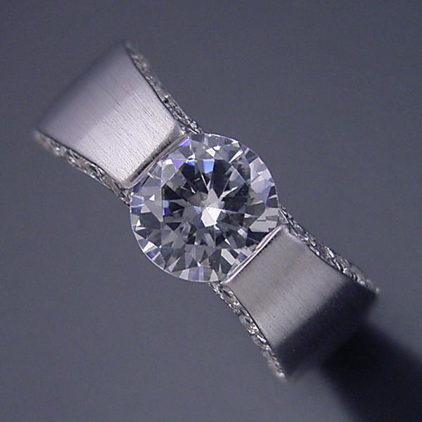 1ct版:堂々とした婚約指輪