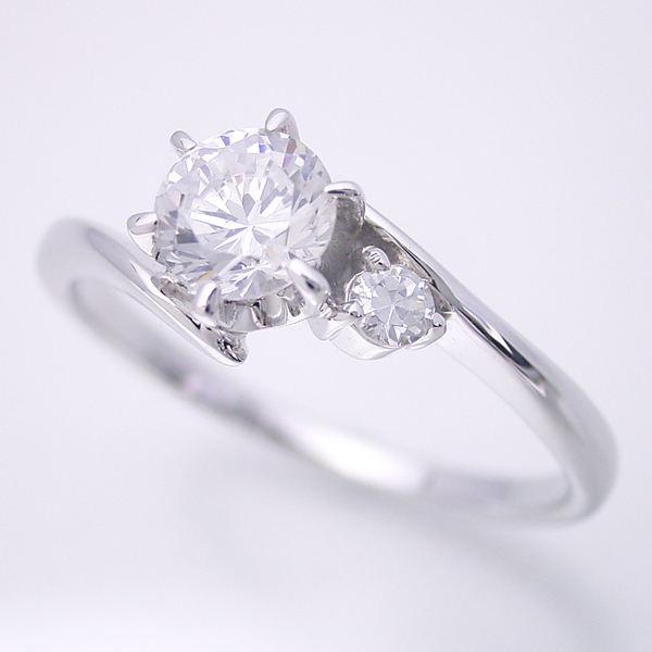画像1: 誕生石を入れる事が出来る婚約指輪 (1)