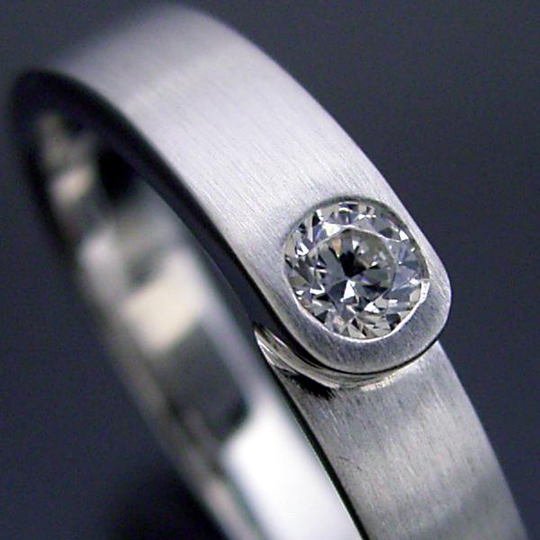 画像1: 店長の結婚指輪がベースの結婚指輪 (1)