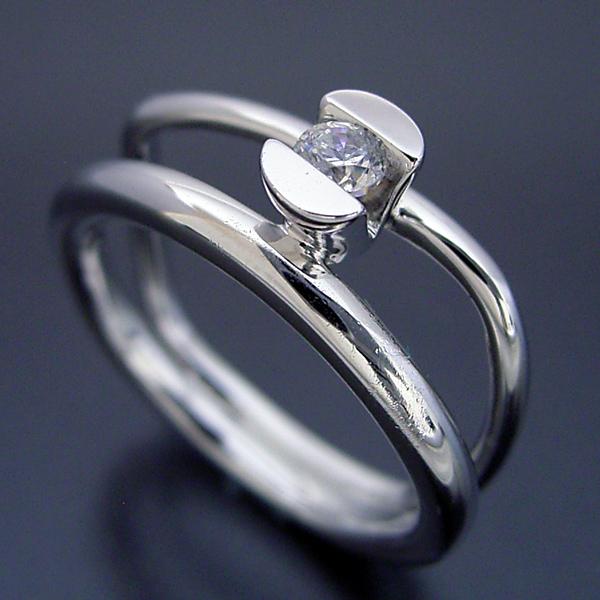 雑貨感覚の婚約指輪