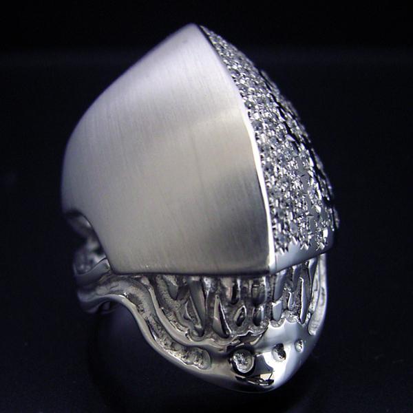 スカルを超えるスカルとして作った婚約指輪