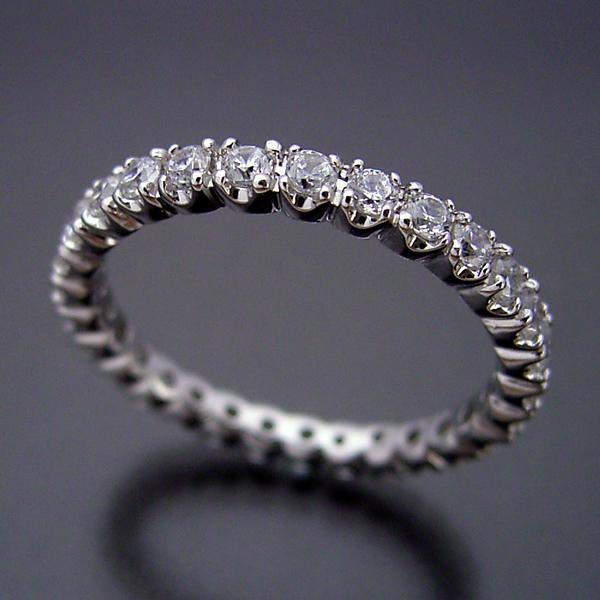 画像1: 最高品質のダイヤモンドで作るフルエタニティリング (1)