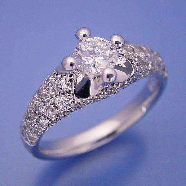 画像1: 柔らかい印象の可愛い婚約指輪 (1)