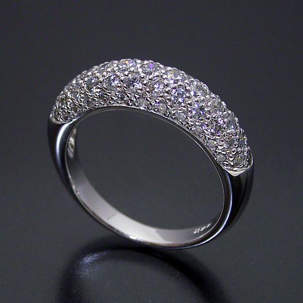 画像1: ダイヤモンドが輝くパベセッティングリング (1)