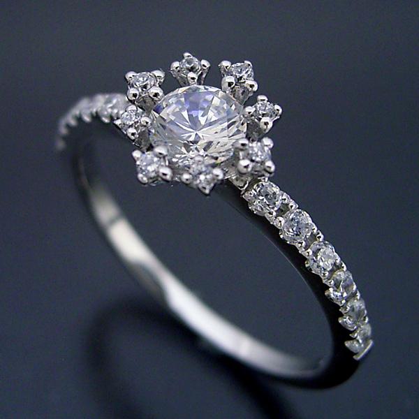 画像1: 魔法のように素敵な婚約指輪 (1)