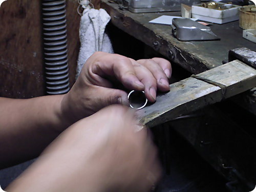 甲丸リング製作過程